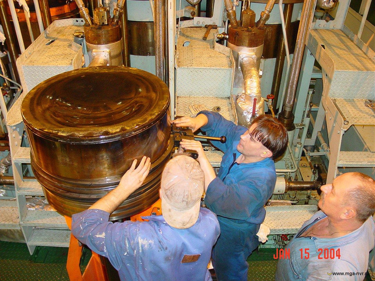 Морская плавательная практика Тип судна dnv a1a Танкер для нефти esp Верфь судостроитель hyundai heavy industries co Улсан Сев Корея Дедвейт 159000 тонн